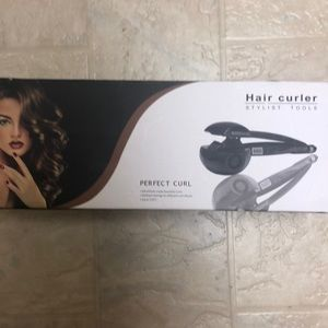 Hair curler new in box